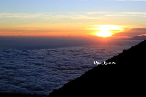 sunrise-mahameru
